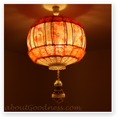 Fashion Tutorial on Bohemian Style Lampshade Over At Diy Tutorial   Aboutgoodness Com
